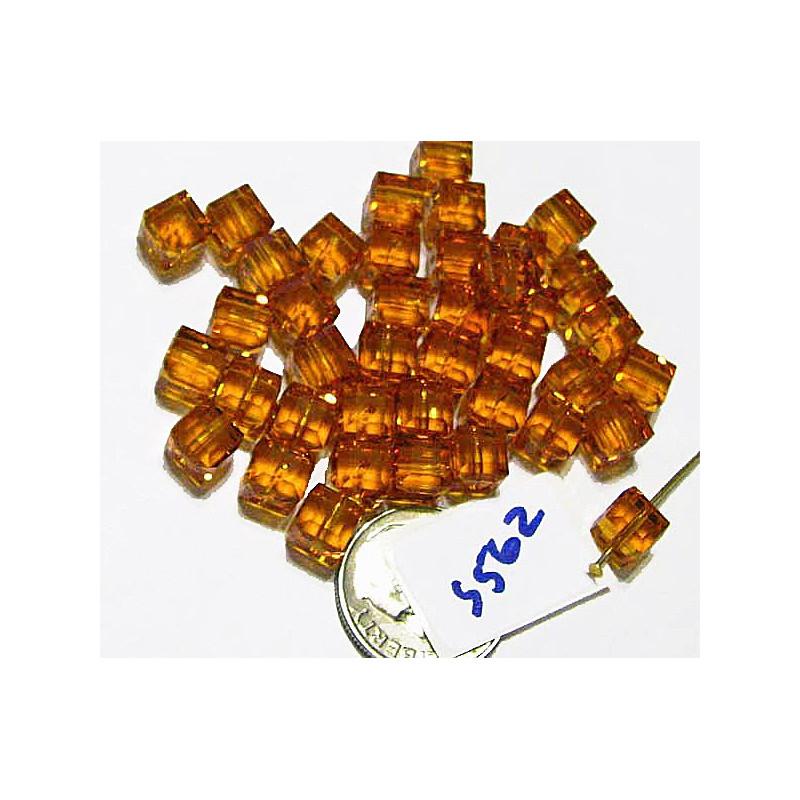 S562 Swarovski Crystal Cube 5601 TOPAZ  6mm