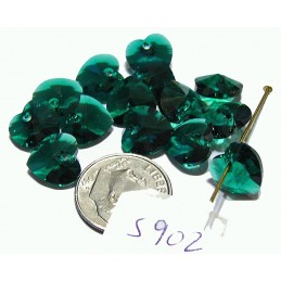 S902 Swarovski Heart Pendant EMERALD 10mm